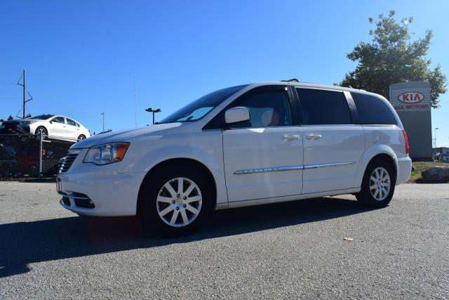 2014 Chrysler Town & Country Touring ED