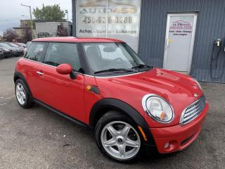 Used 2010 MINI Cooper Hardtop ***AUTOMATIQUE,BAS KILO,CUIR,TOIT,A/C*** for sale in Longueuil, QC