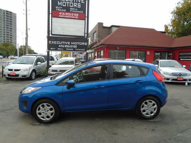 2011 Ford Fiesta SE/ LOW KM / HEATED SEATS / KEYLESS ENTRY / CLEAN