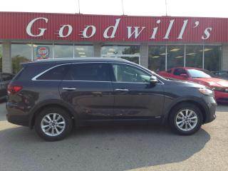 Used 2019 Kia Sorento LX! CLEAN CARFAX! HEATED SEATS & WHEEL! B/T! CAM! for sale in Aylmer, ON