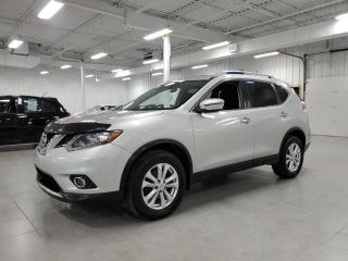 Used 2016 Nissan Rogue SV AWD - CAMERA + TOIT PANORAMIQUE + JAMAIS ACCIDE for sale in St-Eustache, QC