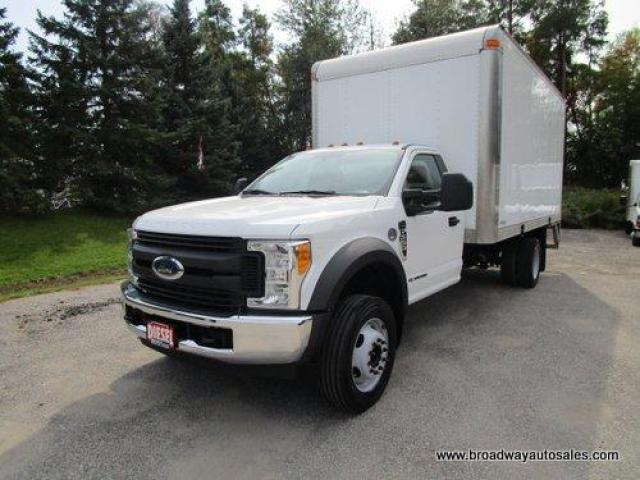 2017 Ford F-550 CARGO MOVING XL EDITION 3 PASSENGER 6.7L - DIESEL ENGINE.. LEATHER.. CD/USB INPUT.. BLUETOOTH SYSTEM.. TOW SUPPORT.. AIR CONDITIONING..
