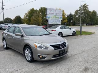 Used 2013 Nissan Altima 2.5 SV for sale in Komoka, ON