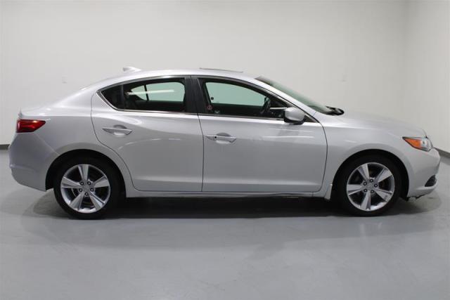 2013 Acura ILX Premium at