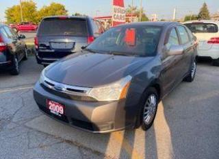 Used 2009 Ford Focus SE for sale in Burlington, ON