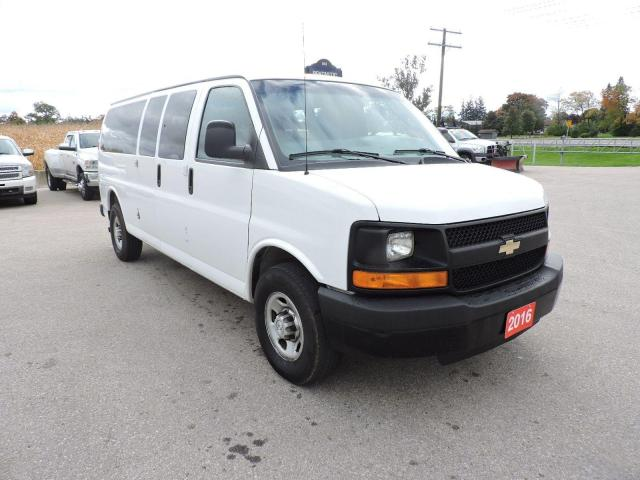2016 Chevrolet Express LS 6.0L 12 passenger Only 82km New tires