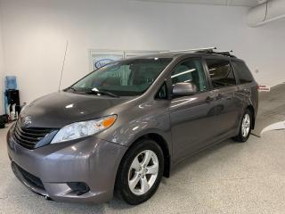 Used 2014 Toyota Sienna L for sale in Rouyn-Noranda, QC