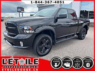 Used 2017 RAM 1500 Express Quad Cab 4x4 V8 for sale in Jonquière, QC