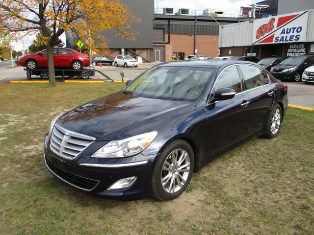 2013 Hyundai Genesis w/Premium Pkg
