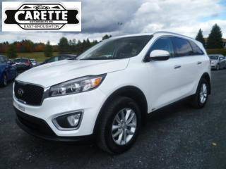 Used 2017 Kia Sorento LX AWD for sale in East broughton, QC
