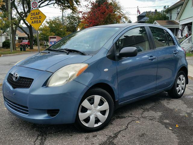 2008 Toyota Yaris LE Very Low Km's Automatic w/Air