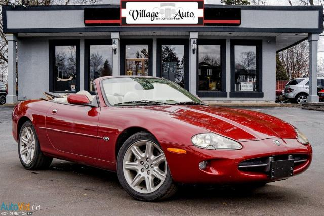 2000 Jaguar XK Luxury