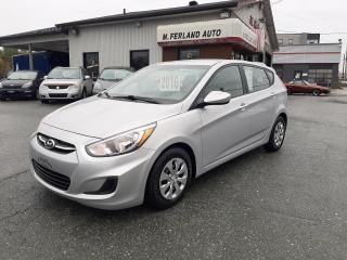 Used 2016 Hyundai Accent Hayon 5 portes, boîte automatique, LE for sale in Sherbrooke, QC