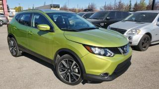 Used 2018 Nissan Qashqai AWD SL leather, sun roof, navigation, key less entry for sale in Calgary, AB