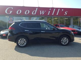 Used 2017 Nissan Rogue SV! HEATED SEATS! NAV! B/T! REMOTE START! SUNROOF! for sale in Aylmer, ON