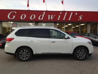 Used 2014 Nissan Pathfinder SL! HEATED LEATHER! REMOTE START! CAMERA! for sale in Aylmer, ON