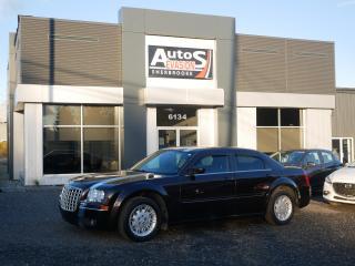 Used 2005 Chrysler 300 300 V6 3.5L + INSPECTÉ + FREINS AVANTS NEUFS for sale in Sherbrooke, QC