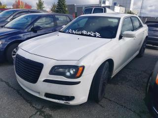 Used 2012 Chrysler 300 300 S / CUIR / TOIT PANORAMIQUE / SIEGE for sale in Sherbrooke, QC