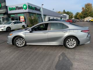 Used 2019 Toyota Camry SE for sale in London, ON