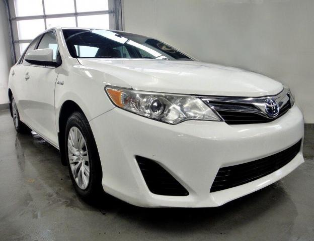 2012 Toyota Camry LOW  KM,LE MODEL,HYBRID