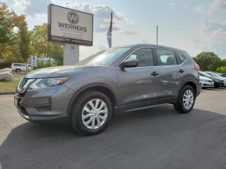 Used 2017 Nissan Rogue SV 2WD for sale in Cambridge, ON