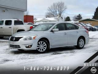 Used 2014 Nissan Altima 2.5 S + CAMÉRA + BLUETOOTH + BAS KILO + for sale in Magog, QC