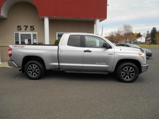 Used 2017 Toyota Tundra SR5 Plus 5,7 L Double Cab 4RM 146 po for sale in Lévis, QC