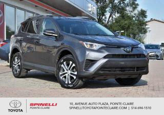 Used 2017 Toyota RAV4 LE FWD for sale in Pointe-Claire, QC