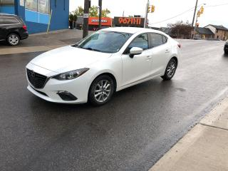 Used 2014 Mazda MAZDA3 GS-SKY auto/cam/appleplay/bluetooth/certified for sale in Toronto, ON