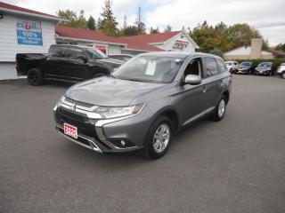 Used 2020 Mitsubishi Outlander ES S-AWC 7 PASSENGER for sale in Ottawa, ON