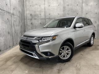 Used 2020 Mitsubishi Outlander ES AWC 7 PASSAGERS APPLECAR PLAY CAMERA RECUL for sale in St-Nicolas, QC