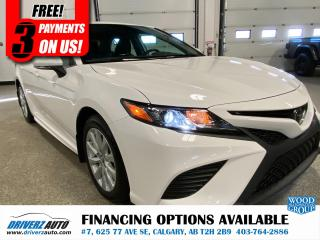 Used 2019 Toyota Camry SE HEATED LEATHER, NAV, AND MUCH MORE.. for sale in Calgary, AB