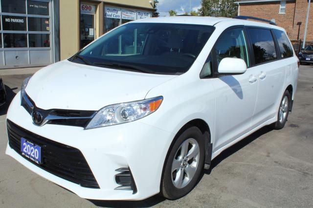 2020 Toyota Sienna LE Power Doors 8 Passengers