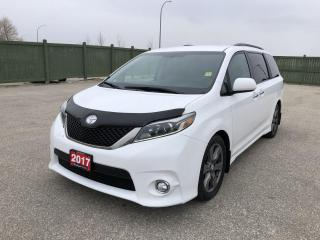 Used 2017 Toyota Sienna SE 8 Passenger for sale in Winnipeg, MB