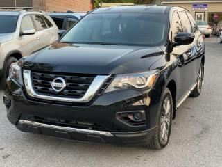 Used 2018 Nissan Pathfinder 4x4 for sale in Scarborough, ON