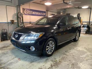 Used 2016 Nissan Pathfinder 4WD 4dr S for sale in Kingston, ON