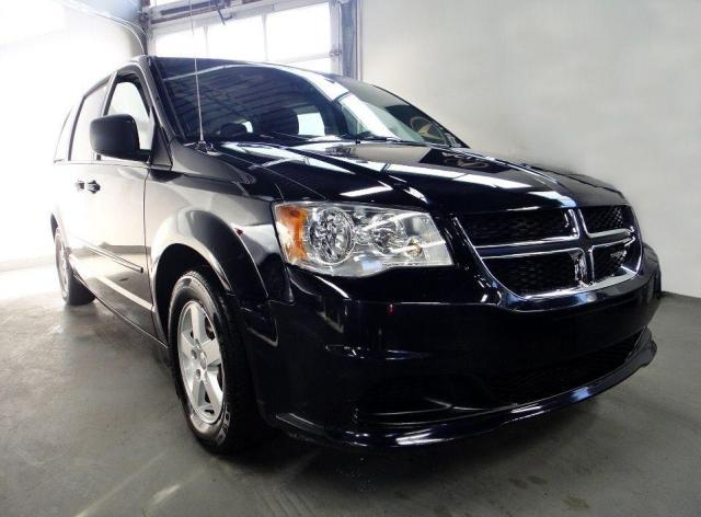 2011 Dodge Grand Caravan SXT,DVD,STOW AND GO,DEALER MANTAIN