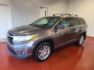 Used 2015 Toyota Highlander XLE AWD for sale in Pembroke, ON