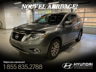 Used 2015 Nissan Pathfinder SV + GARANTIE + CAMERA + A/C + MAGS + WO for sale in Drummondville, QC