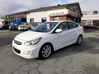 Used 2013 Hyundai Accent Berline 4 portes,  automatique, GLS for sale in Sherbrooke, QC