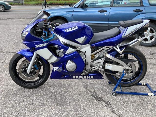 2000 Yamaha YZF-R6 R6