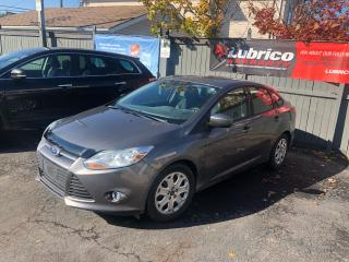 Used 2012 Ford Focus SE for sale in Sutton, ON