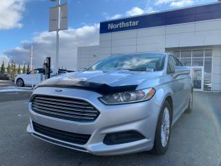Used 2014 Ford Fusion SE HYBRID/NAV/HEATEDSEATS/BLUETOOTH/LOWKMS for sale in Edmonton, AB