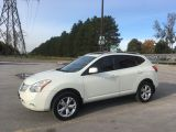 Photo of White 2009 Nissan Rogue