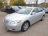 2009 Toyota Camry LE Photo16