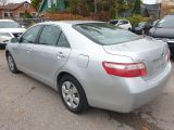 2009 Toyota Camry LE Photo22