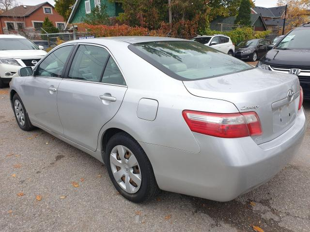 2009 Toyota Camry LE Photo7
