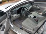 2009 Toyota Camry LE Photo23