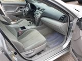 2009 Toyota Camry LE Photo25