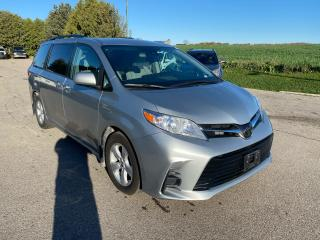 Used 2019 Toyota Sienna LE for sale in Waterloo, ON
